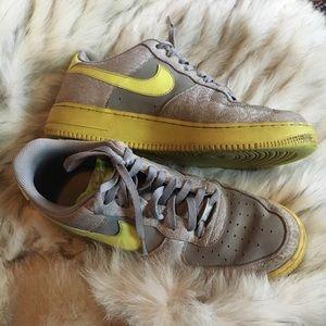 AIR force 1s custom yellow swoosh size 12